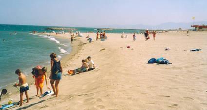 Go languedoc best beaches near perpignan france - Bus perpignan port leucate ...