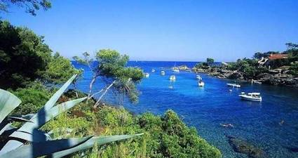 beach holidays south france
