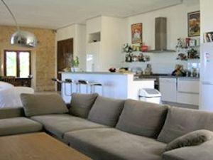 South_of_France_holiday_home_sitting_room