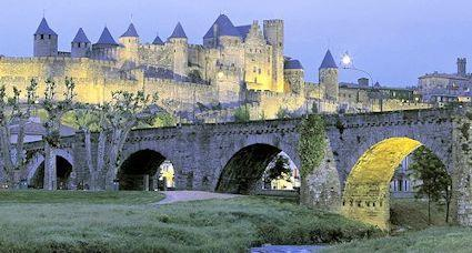 Tourist information carcassonne what to see in carcassonne for Castles to stay in france